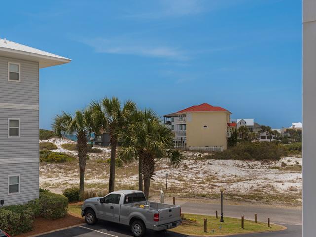 Beachside Villas 323
