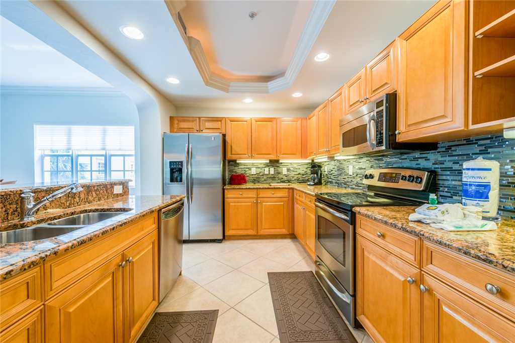 Bella Lago 124 3 Bedrooms Elevator Heated Pool Tennis Gym Sleeps 8 Condo rental in Bella Lago Fort Myers Beach in Fort Myers Beach Florida - #11
