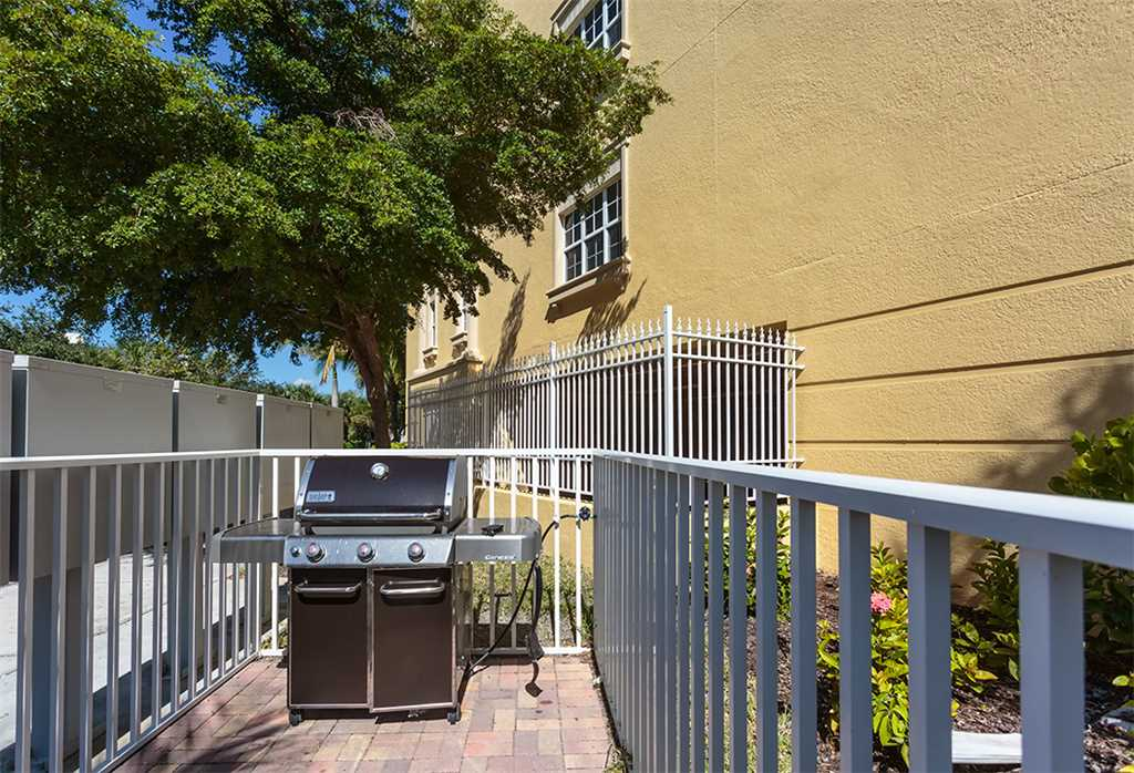 Bella Lago 124 3 Bedrooms Elevator Heated Pool Tennis Gym Sleeps 8 Condo rental in Bella Lago Fort Myers Beach in Fort Myers Beach Florida - #29