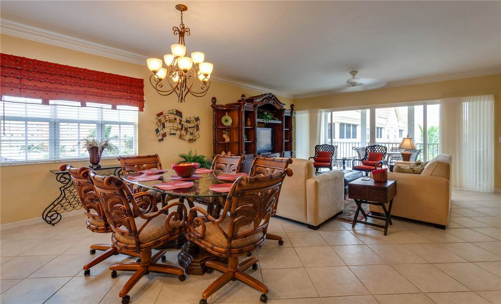 Bella Lago 241 3 Bedrooms Elevator Heated Pool Tennis Gym Sleeps 6 Condo rental in Bella Lago Fort Myers Beach in Fort Myers Beach Florida - #3
