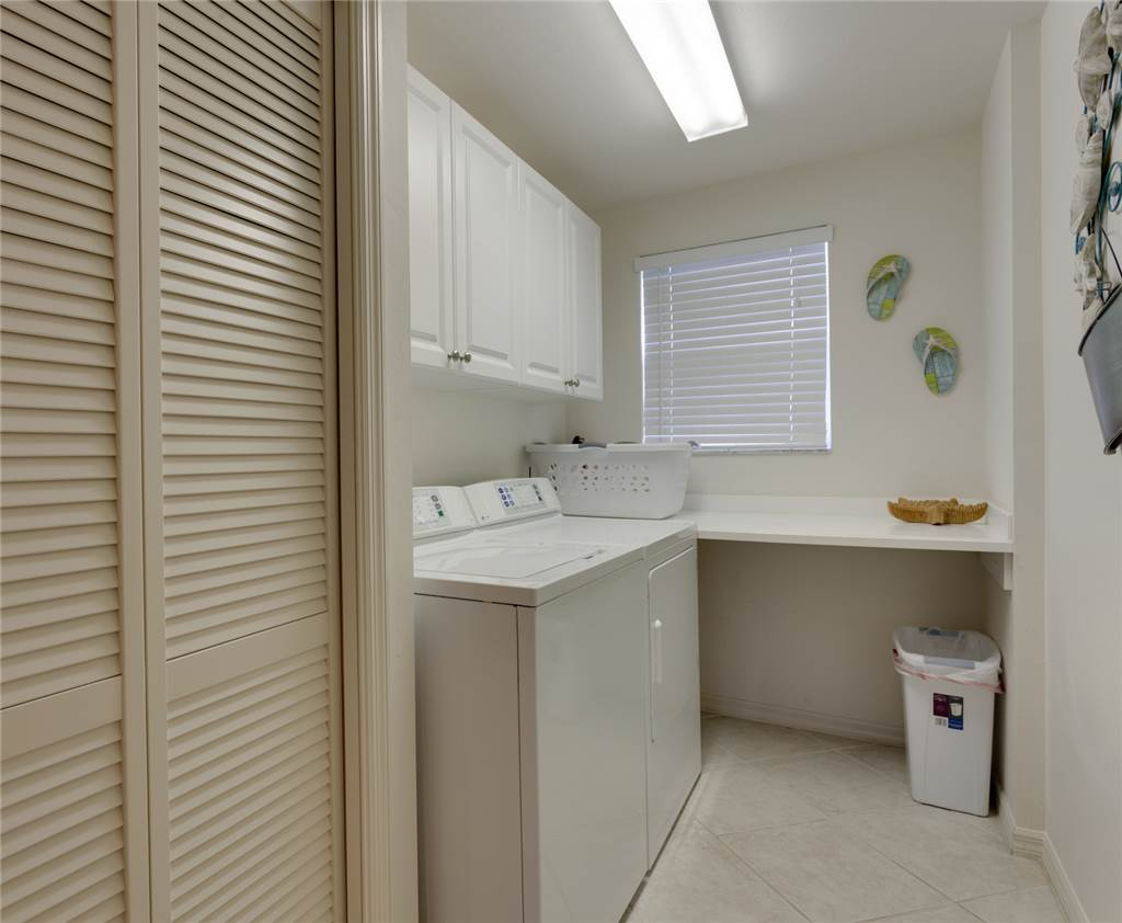 Bella Lago 241 3 Bedrooms Elevator Heated Pool Tennis Gym Sleeps 6 Condo rental in Bella Lago Fort Myers Beach in Fort Myers Beach Florida - #19