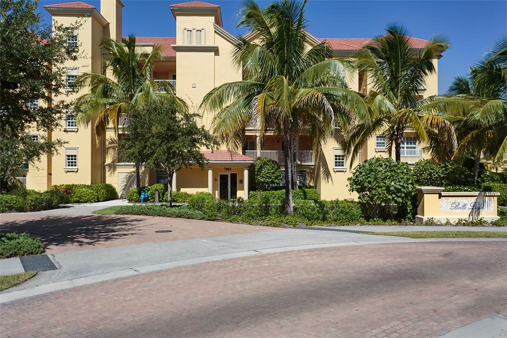 Bella Lago 241 3 Bedrooms Elevator Heated Pool Tennis Gym Sleeps 6 Condo rental in Bella Lago Fort Myers Beach in Fort Myers Beach Florida - #22