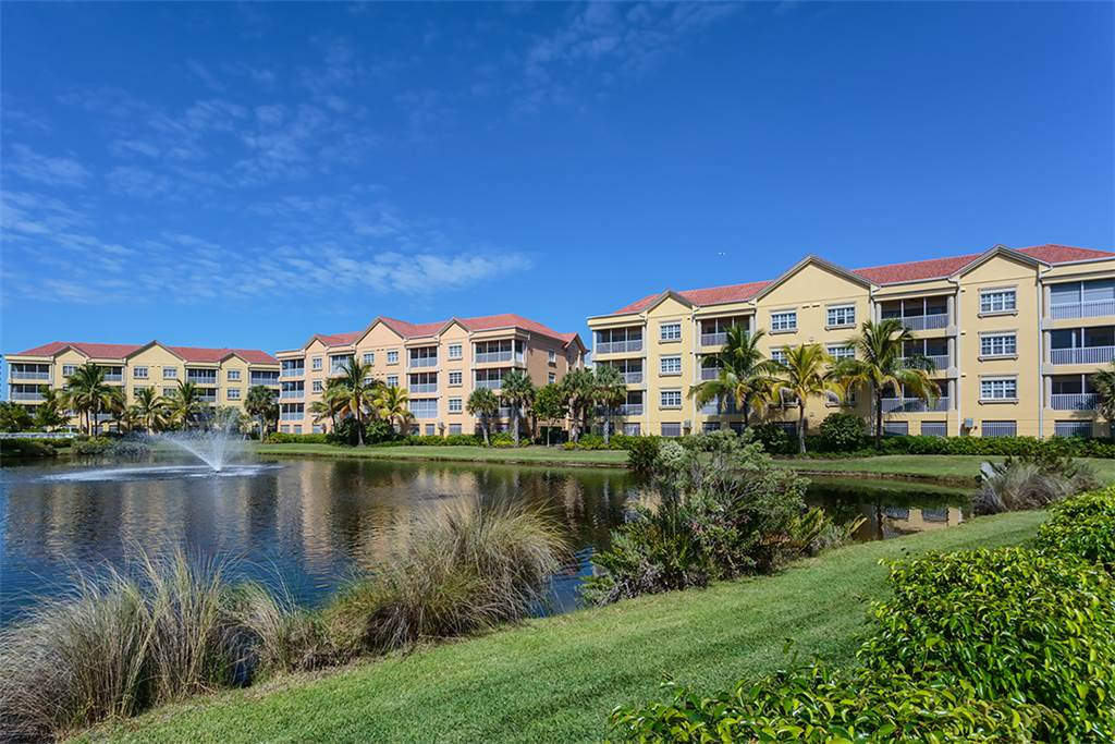 Bella Lago 241 3 Bedrooms Elevator Heated Pool Tennis Gym Sleeps 6 Condo rental in Bella Lago Fort Myers Beach in Fort Myers Beach Florida - #27