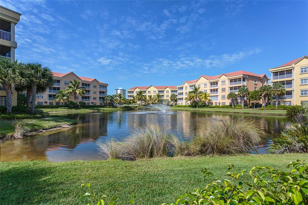 Bella Lago 241 3 Bedrooms Elevator Heated Pool Tennis Gym Sleeps 6 Condo rental in Bella Lago Fort Myers Beach in Fort Myers Beach Florida - #29