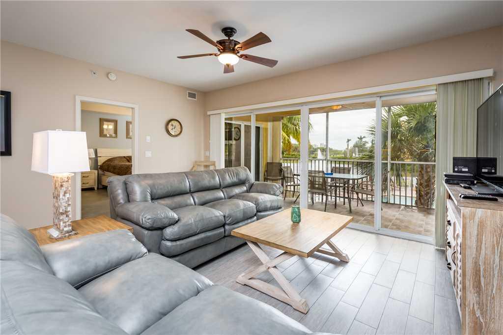 Bella Lago 324 3 Bedrooms Elevator Heated Pool Tennis Gym Sleeps 6 Condo rental in Bella Lago Fort Myers Beach in Fort Myers Beach Florida - #2