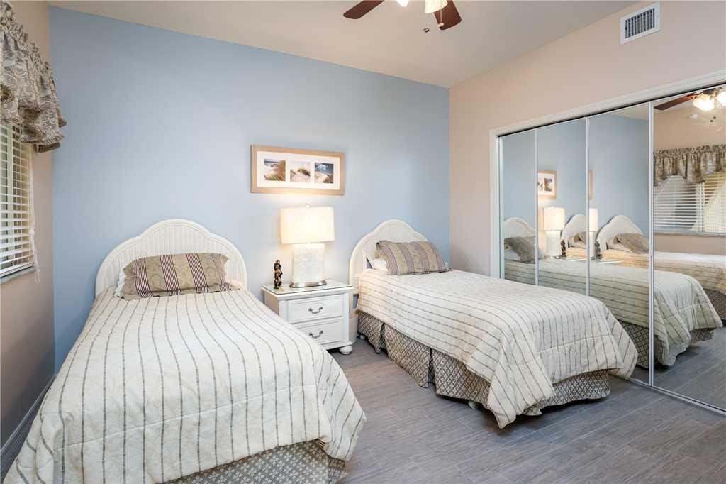 Bella Lago 324 3 Bedrooms Elevator Heated Pool Tennis Gym Sleeps 6 Condo rental in Bella Lago Fort Myers Beach in Fort Myers Beach Florida - #19