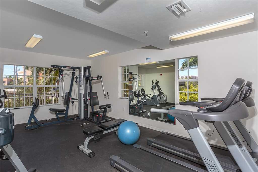 Bella Lago 324 3 Bedrooms Elevator Heated Pool Tennis Gym Sleeps 6 Condo rental in Bella Lago Fort Myers Beach in Fort Myers Beach Florida - #32