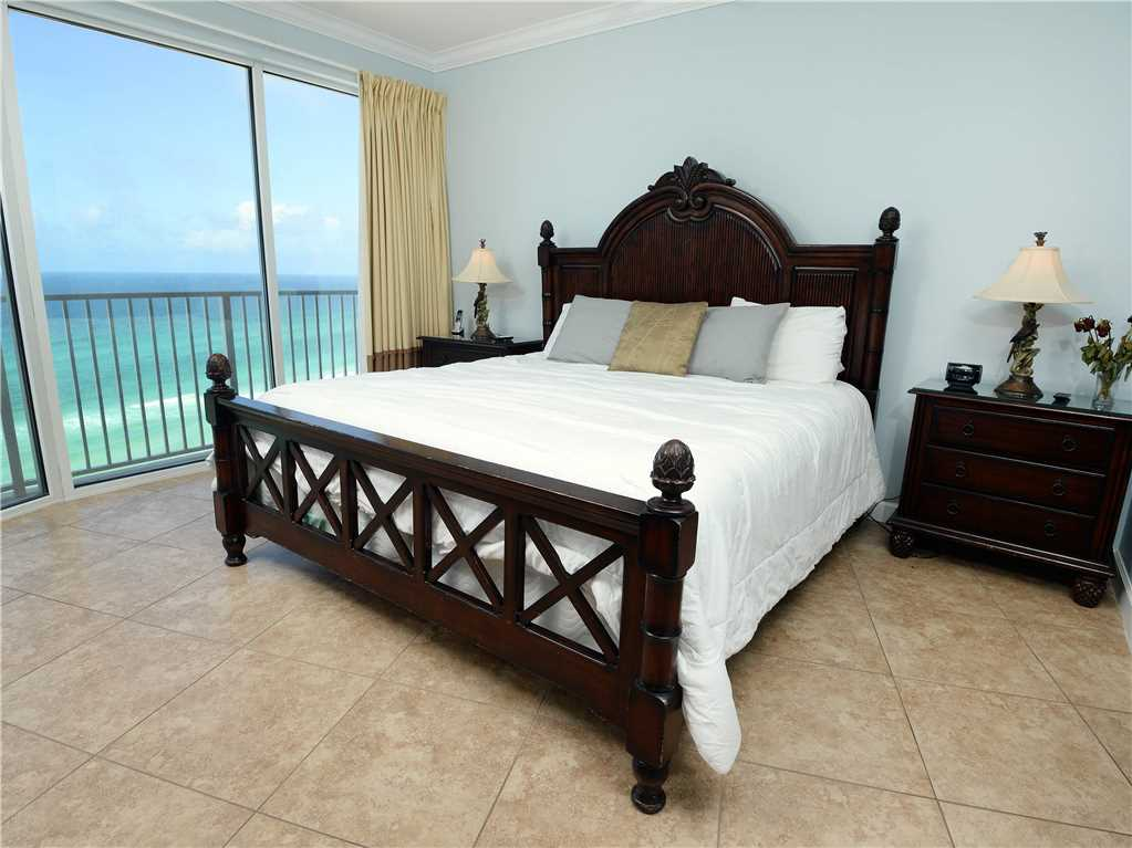 Boardwalk 1209 2 Bedrooms Beachfront Wi-Fi Sleeps 6 Condo rental in Boardwalk Beach Resort Panama City in Panama City Beach Florida - #9