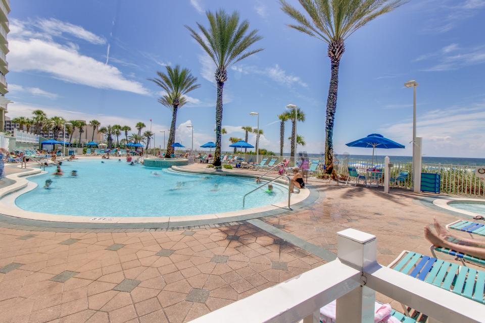 Boardwalk 1209 2 Bedrooms Beachfront Wi-Fi Sleeps 6 Condo rental in Boardwalk Beach Resort Panama City in Panama City Beach Florida - #19