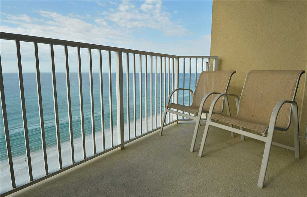 Boardwalk 1405 1 Bedroom Beachfront Wi-Fi Pool Sleeps 4