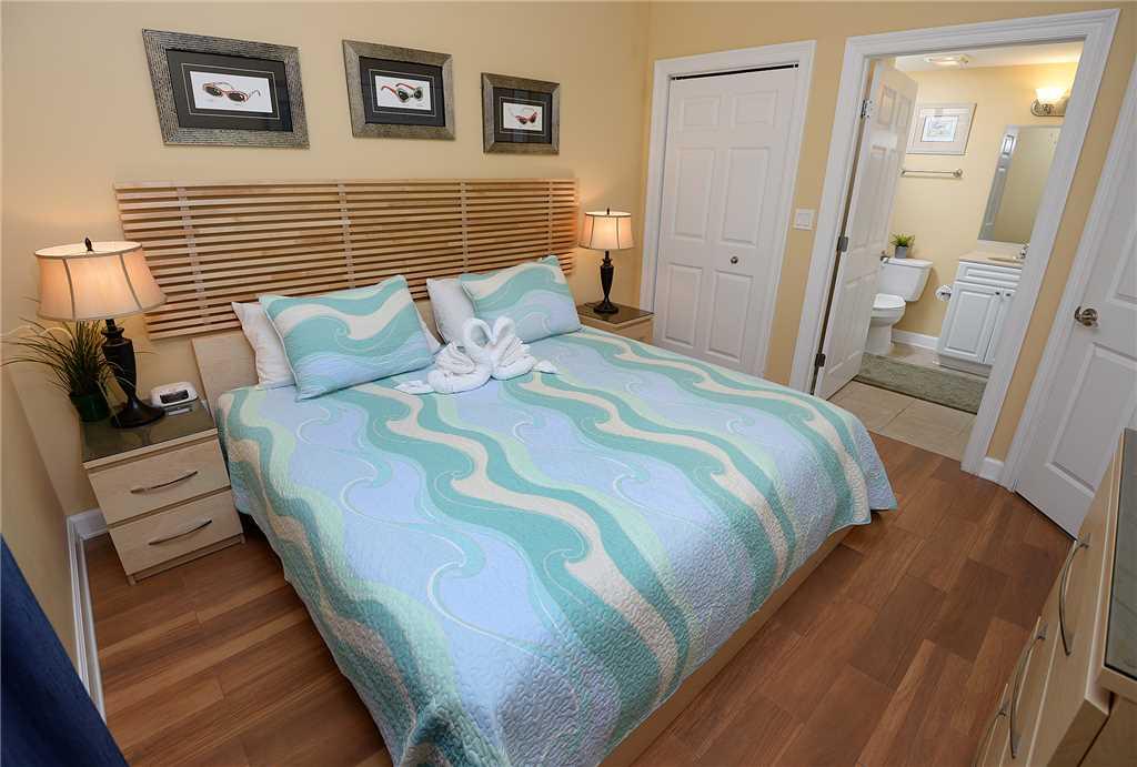 Boardwalk 1405 1 Bedroom Beachfront Wi-Fi Pool Sleeps 4 Condo rental in Boardwalk Beach Resort Panama City in Panama City Beach Florida - #10