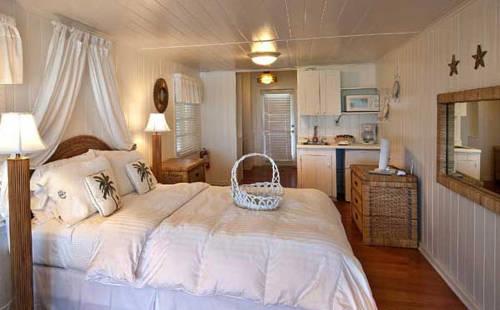 Bungalow Beach Resort in Bradenton Beach FL 80