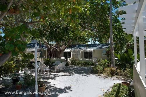 Bungalow Beach Resort in Bradenton Beach FL 03