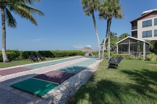 Caribbean Beach Club in Fort Myers Beach FL 01