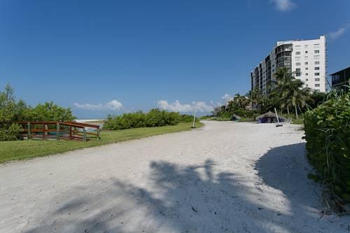 Caribbean Beach Club in Fort Myers Beach FL 02