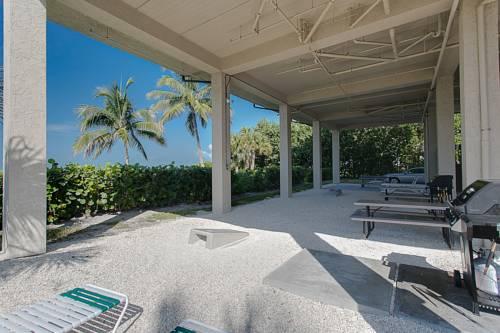 Caribbean Beach Club in Fort Myers Beach FL 09