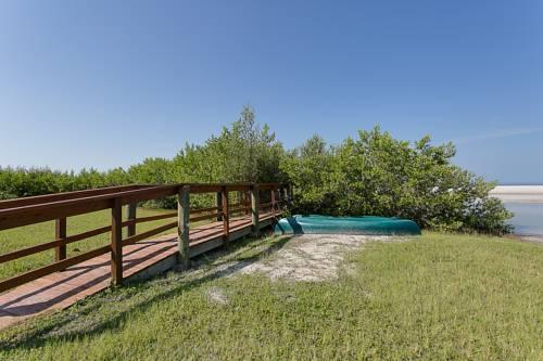 Caribbean Beach Club in Fort Myers Beach FL 17