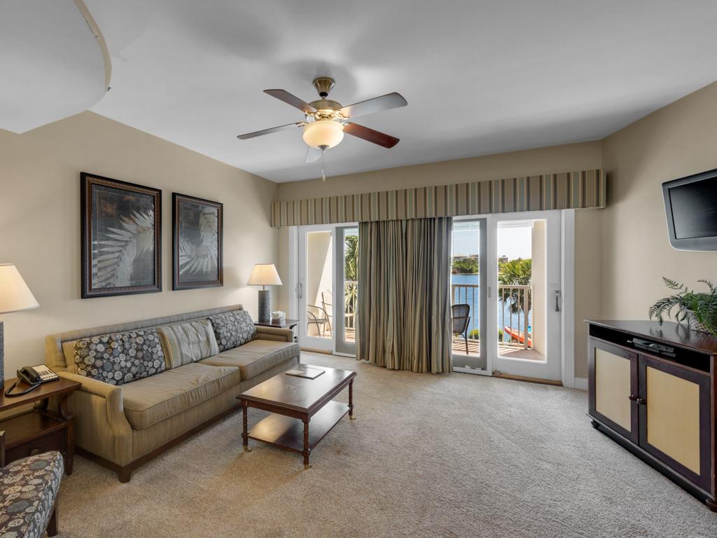Carillon Beach Inn 211B