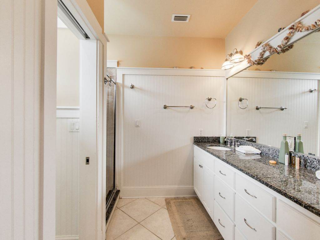 Sweet Retreat House/Cottage rental in Carillon Beach House Rentals in Panama City Beach Florida - #18
