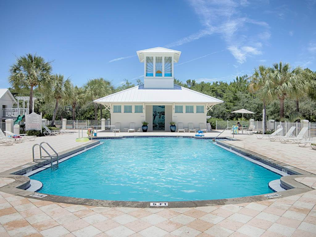 Sweet Retreat House / Cottage rental in Carillon Beach House Rentals in Panama City Beach Florida - #32