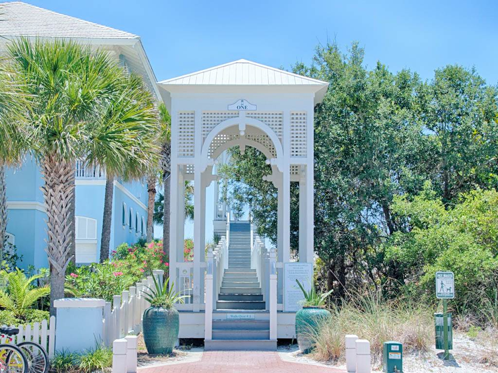 Sweet Retreat House / Cottage rental in Carillon Beach House Rentals in Panama City Beach Florida - #33
