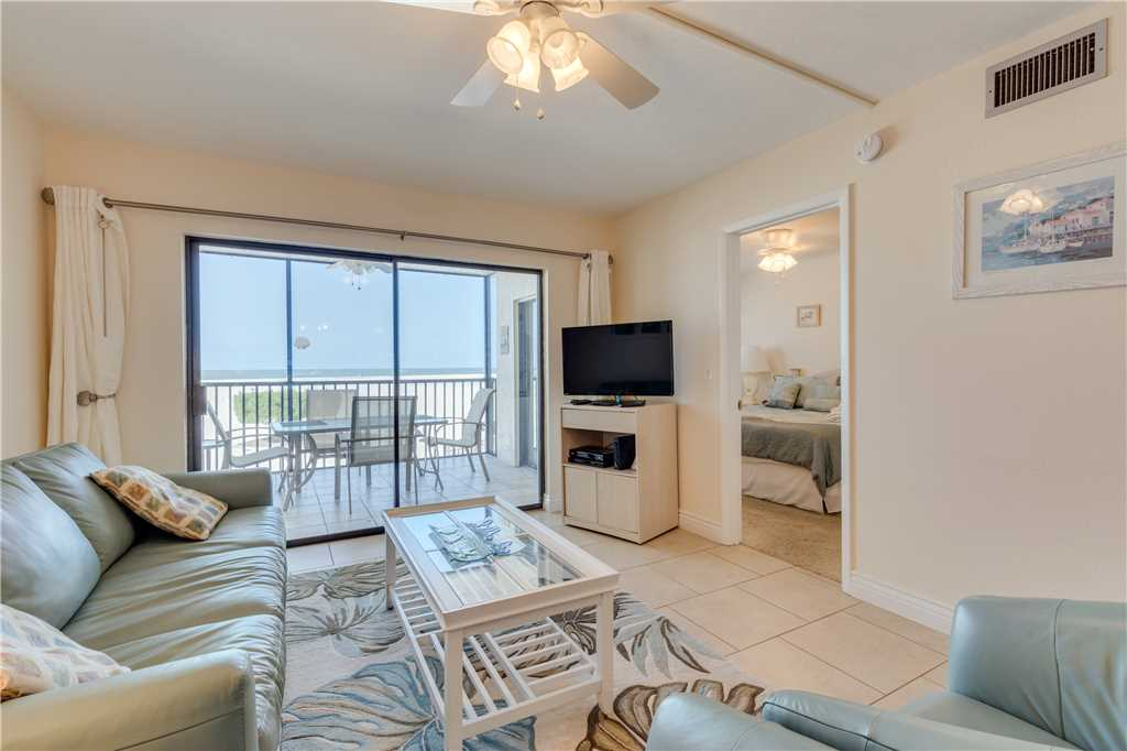 Carlos Pointe 113 2 Bedrooms Gulf Front Elevator Heated Pool Sleeps 6