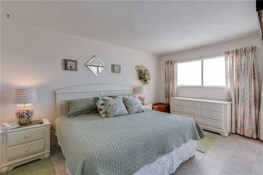 Carlos Pointe 212 2 Bedrooms Heated Pool Gulf Front Elevator Sleeps 4 Condo rental in Carlos Pointe in Fort Myers Beach Florida - #13