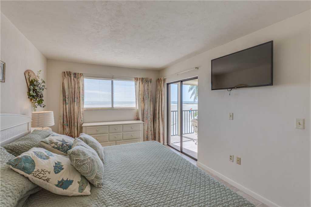 Carlos Pointe 212 2 Bedrooms Heated Pool Gulf Front Elevator Sleeps 4 Condo rental in Carlos Pointe in Fort Myers Beach Florida - #15