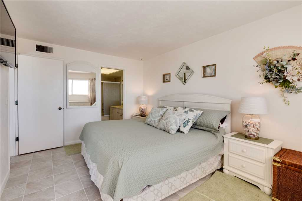Carlos Pointe 212 2 Bedrooms Heated Pool Gulf Front Elevator Sleeps 4 Condo rental in Carlos Pointe in Fort Myers Beach Florida - #16