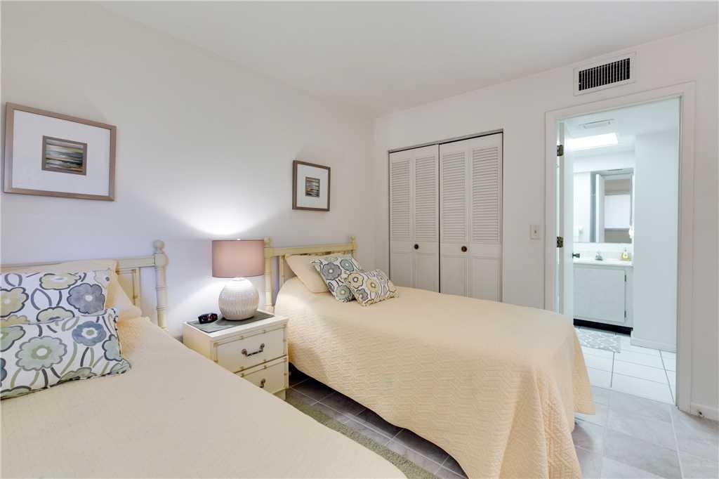 Carlos Pointe 212 2 Bedrooms Heated Pool Gulf Front Elevator Sleeps 4 Condo rental in Carlos Pointe in Fort Myers Beach Florida - #19