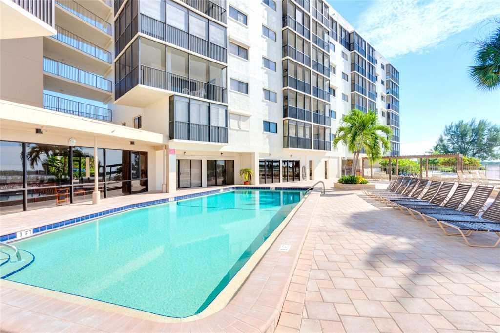 Carlos Pointe 212 2 Bedrooms Heated Pool Gulf Front Elevator Sleeps 4 Condo rental in Carlos Pointe in Fort Myers Beach Florida - #22
