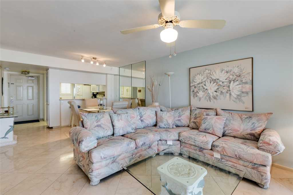 Carlos Pointe 213 2 Bedrooms Gulf Front Elevator Heated Pool Sleeps 4 Condo rental in Carlos Pointe in Fort Myers Beach Florida - #6