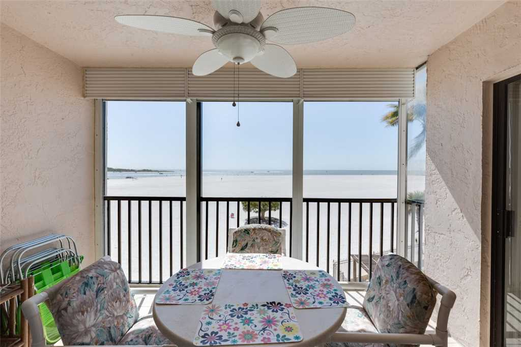 Carlos Pointe 213 2 Bedrooms Gulf Front Elevator Heated Pool Sleeps 4 Condo rental in Carlos Pointe in Fort Myers Beach Florida - #20