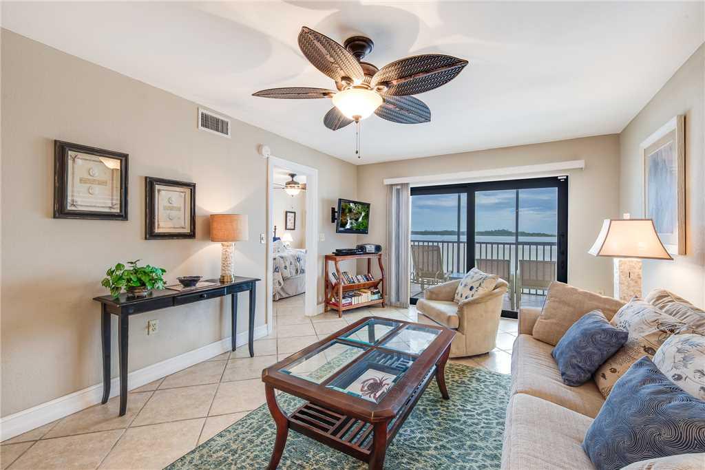 Carlos Pointe 236 2 Bedrooms Gulf Front Elevator Heated Pool Sleeps 6 Condo rental in Carlos Pointe in Fort Myers Beach Florida - #3