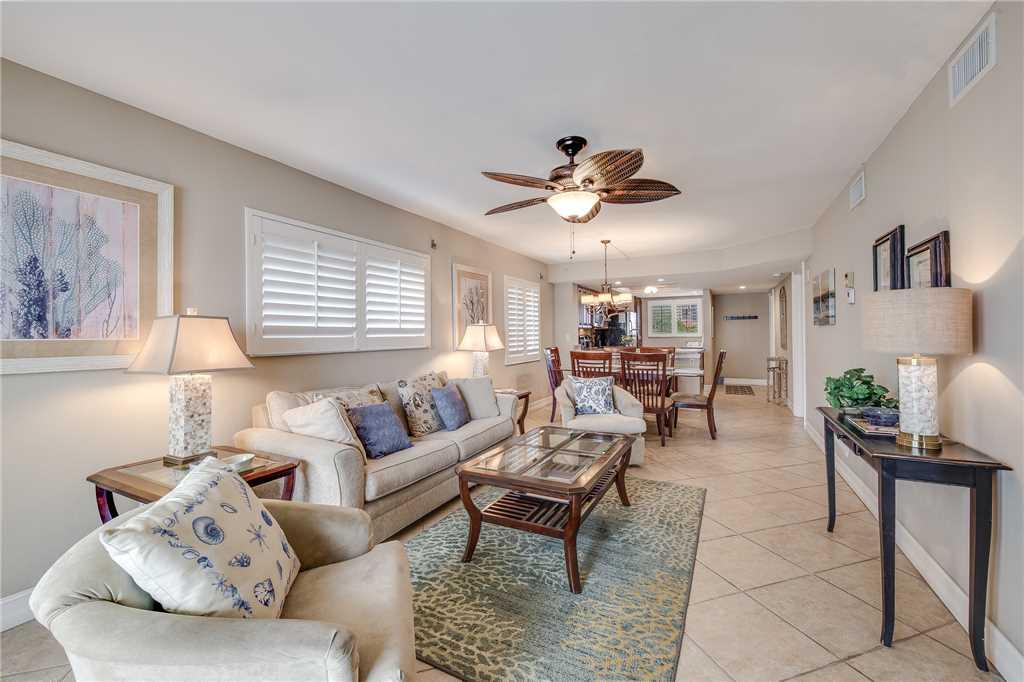 Carlos Pointe 236 2 Bedrooms Gulf Front Elevator Heated Pool Sleeps 6 Condo rental in Carlos Pointe in Fort Myers Beach Florida - #5