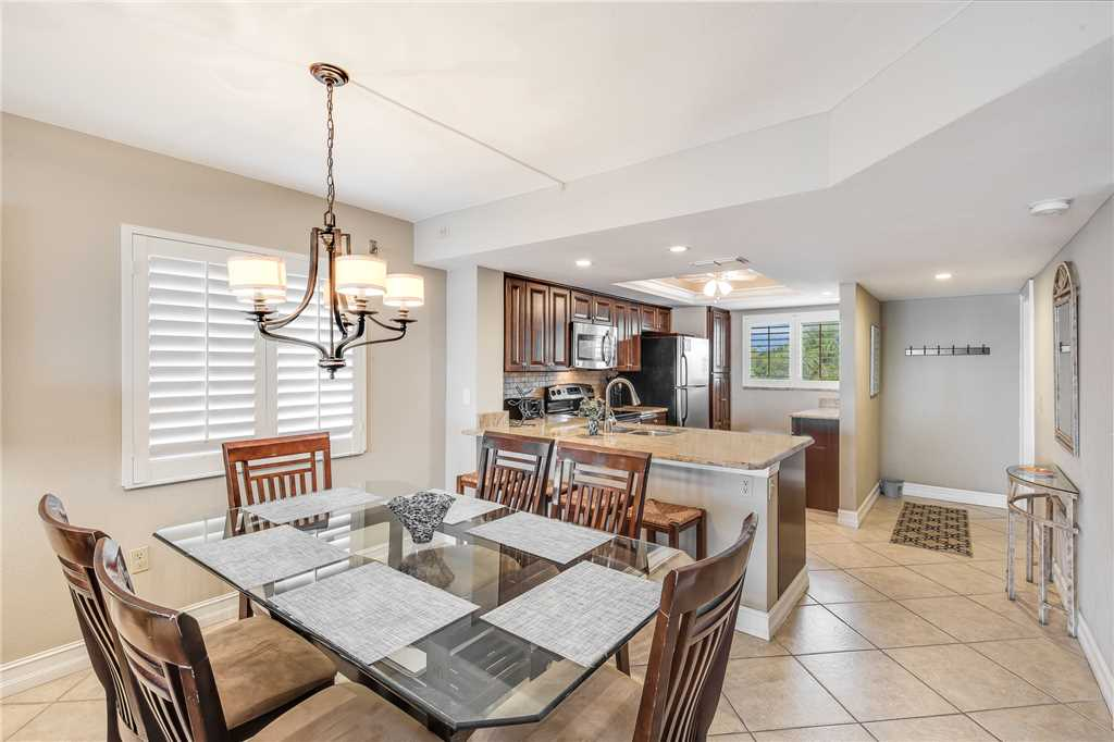 Carlos Pointe 236 2 Bedrooms Gulf Front Elevator Heated Pool Sleeps 6 Condo rental in Carlos Pointe in Fort Myers Beach Florida - #9