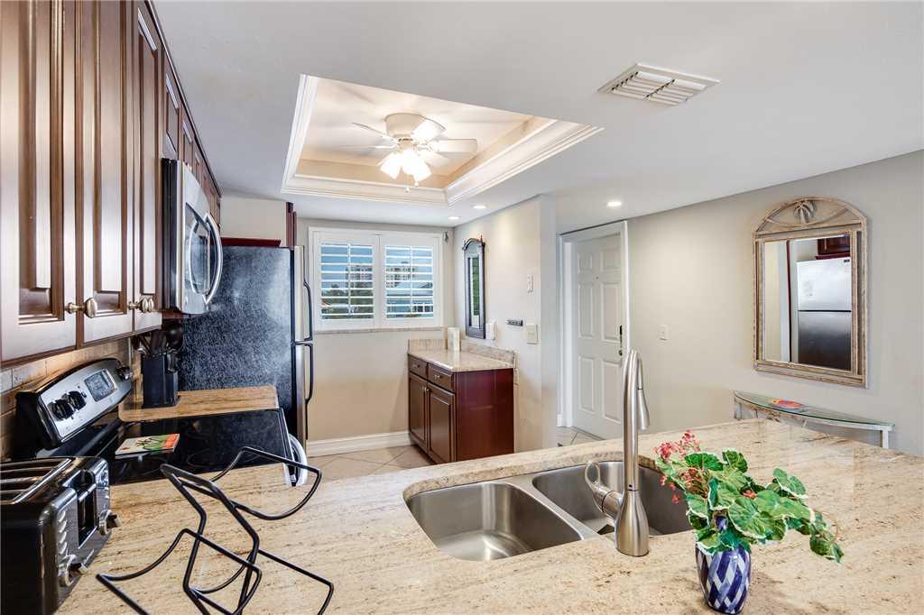 Carlos Pointe 236 2 Bedrooms Gulf Front Elevator Heated Pool Sleeps 6 Condo rental in Carlos Pointe in Fort Myers Beach Florida - #14