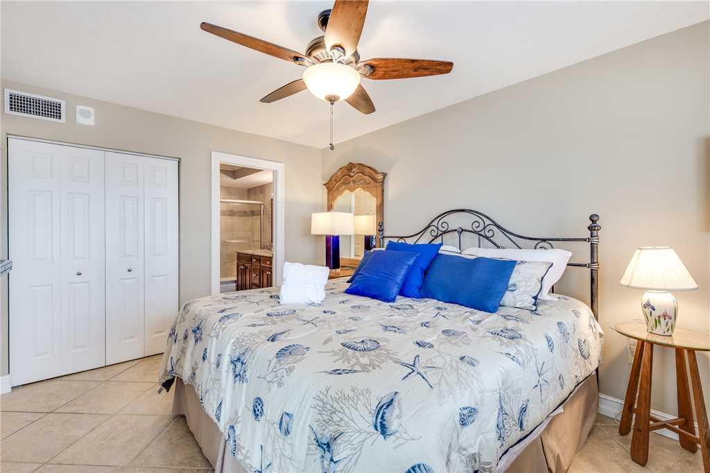 Carlos Pointe 236 2 Bedrooms Gulf Front Elevator Heated Pool Sleeps 6 Condo rental in Carlos Pointe in Fort Myers Beach Florida - #18