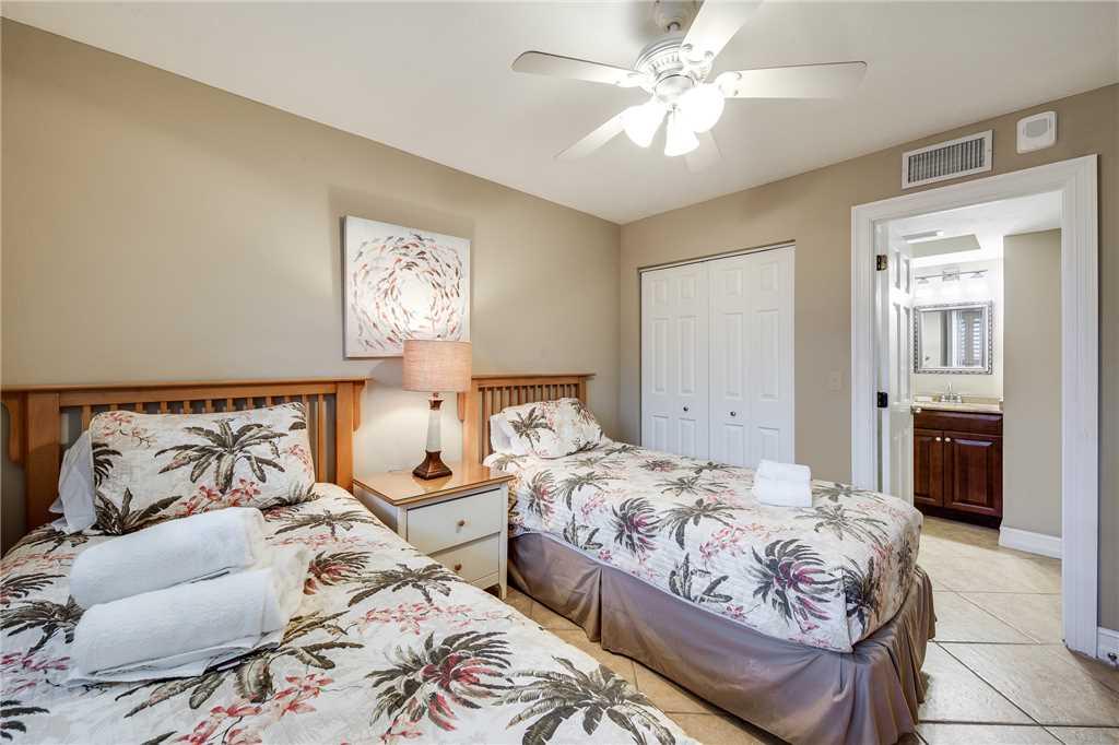 Carlos Pointe 236 2 Bedrooms Gulf Front Elevator Heated Pool Sleeps 6 Condo rental in Carlos Pointe in Fort Myers Beach Florida - #21