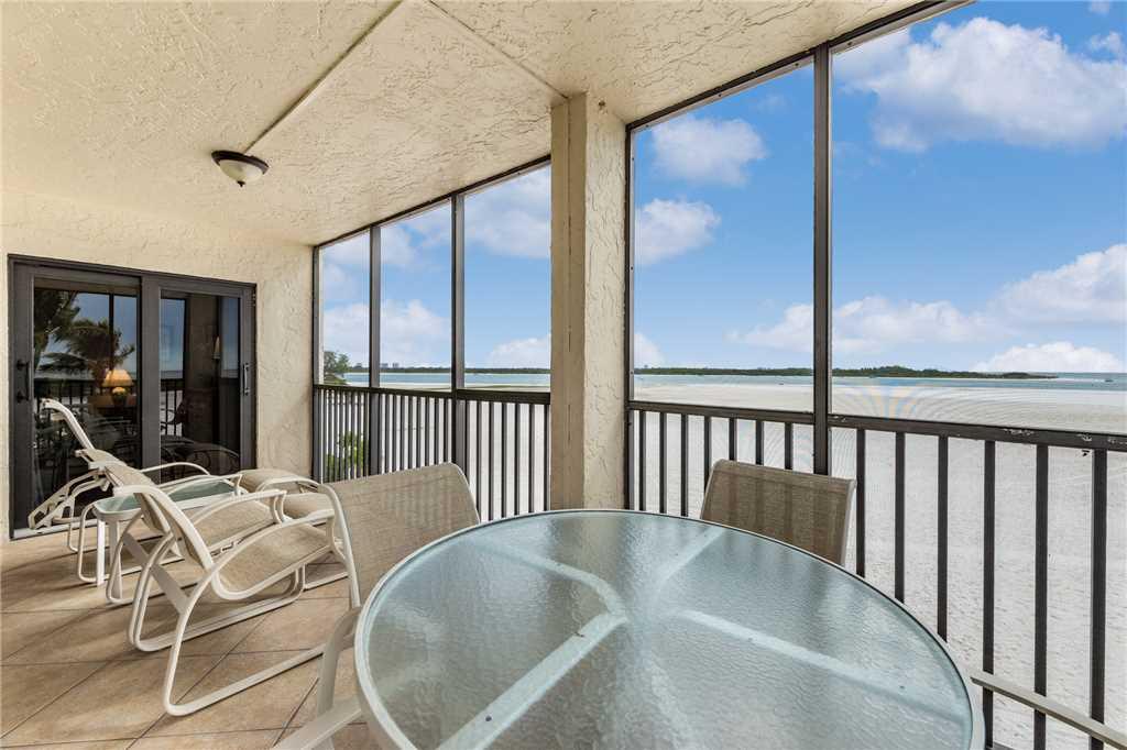 Carlos Pointe 236 2 Bedrooms Gulf Front Elevator Heated Pool Sleeps 6 Condo rental in Carlos Pointe in Fort Myers Beach Florida - #23