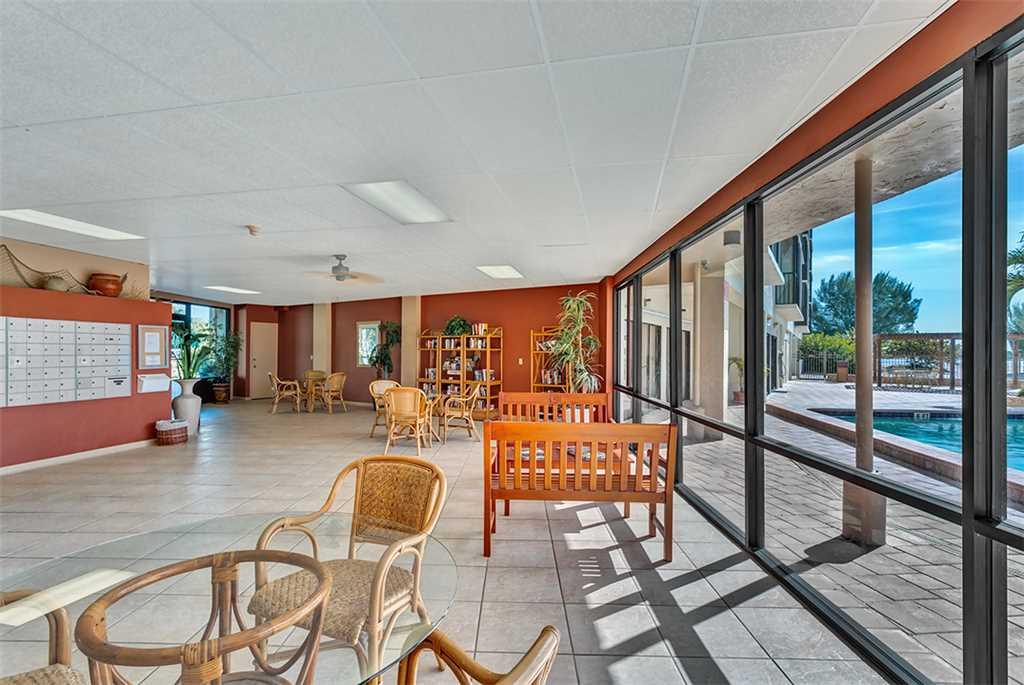 Carlos Pointe 236 2 Bedrooms Gulf Front Elevator Heated Pool Sleeps 6 Condo rental in Carlos Pointe in Fort Myers Beach Florida - #27