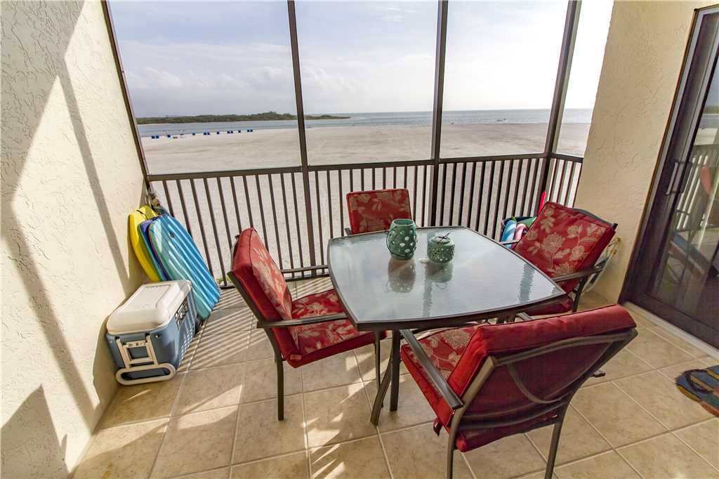 Carlos Pointe 333 2 Bedrooms Gulf Front Elevator Heated Pool Sleeps 6 Condo rental in Carlos Pointe in Fort Myers Beach Florida - #21