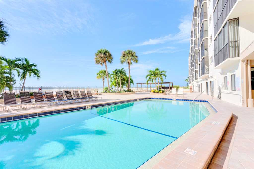 Carlos Pointe 413 2 Bedrooms Gulf Front Elevator Heated Pool Sleeps 6 Condo rental in Carlos Pointe in Fort Myers Beach Florida - #3
