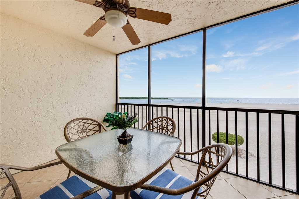 Carlos Pointe 413 2 Bedrooms Gulf Front Elevator Heated Pool Sleeps 6 Condo rental in Carlos Pointe in Fort Myers Beach Florida - #26
