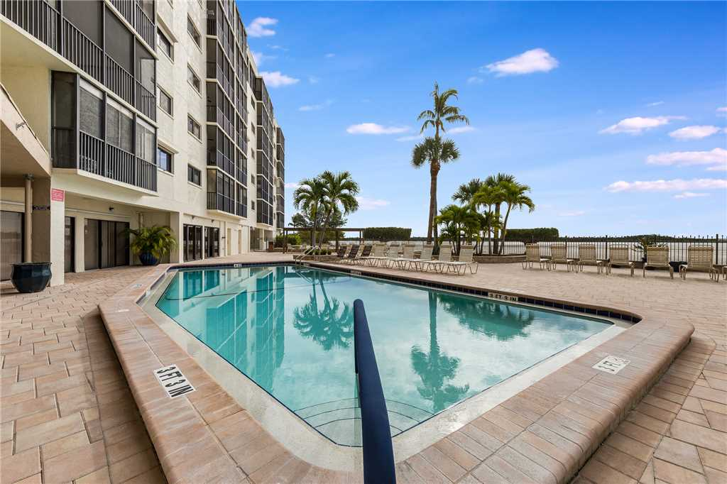 Carlos Pointe 611 Elevator 2 Bedrooms Gulf Front  Heated Pool Sleeps 6 Condo rental in Carlos Pointe in Fort Myers Beach Florida - #2