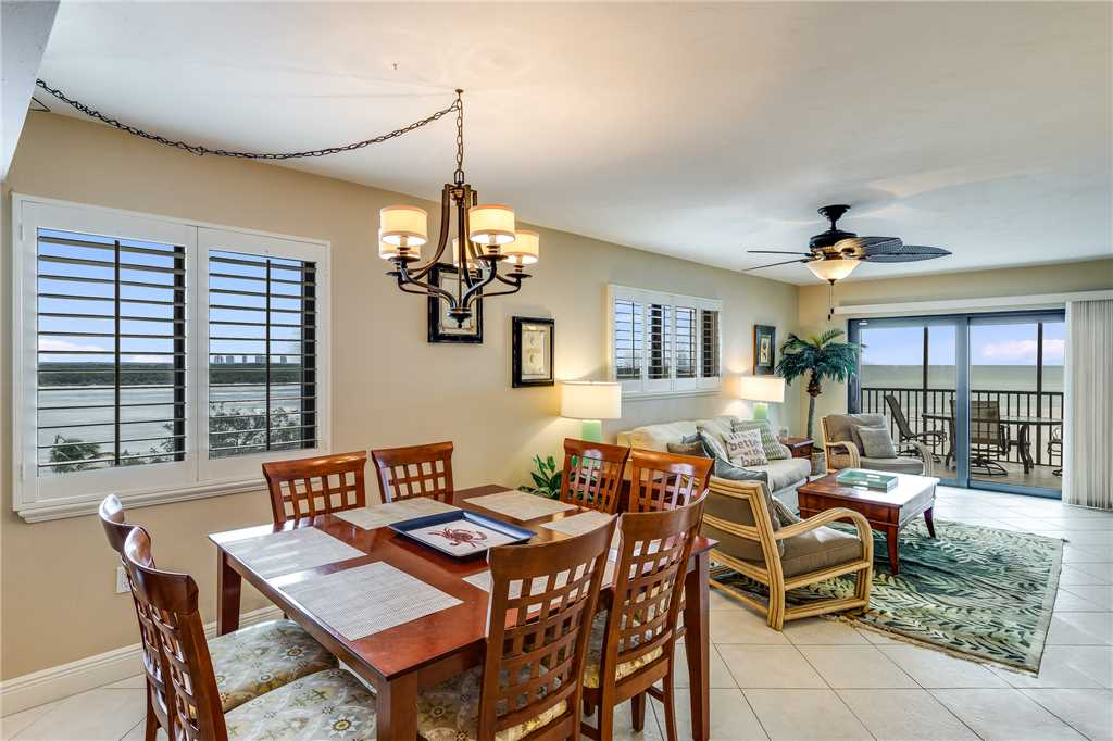 Carlos Pointe 611 Elevator 2 Bedrooms Gulf Front  Heated Pool Sleeps 6 Condo rental in Carlos Pointe in Fort Myers Beach Florida - #8