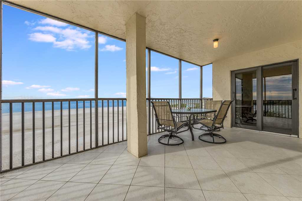 Carlos Pointe 611 Elevator 2 Bedrooms Gulf Front  Heated Pool Sleeps 6 Condo rental in Carlos Pointe in Fort Myers Beach Florida - #19