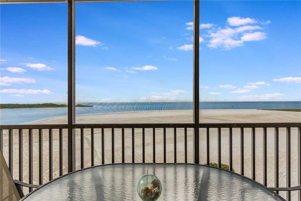 Carlos Pointe 611 Elevator 2 Bedrooms Gulf Front  Heated Pool Sleeps 6 Condo rental in Carlos Pointe in Fort Myers Beach Florida - #23