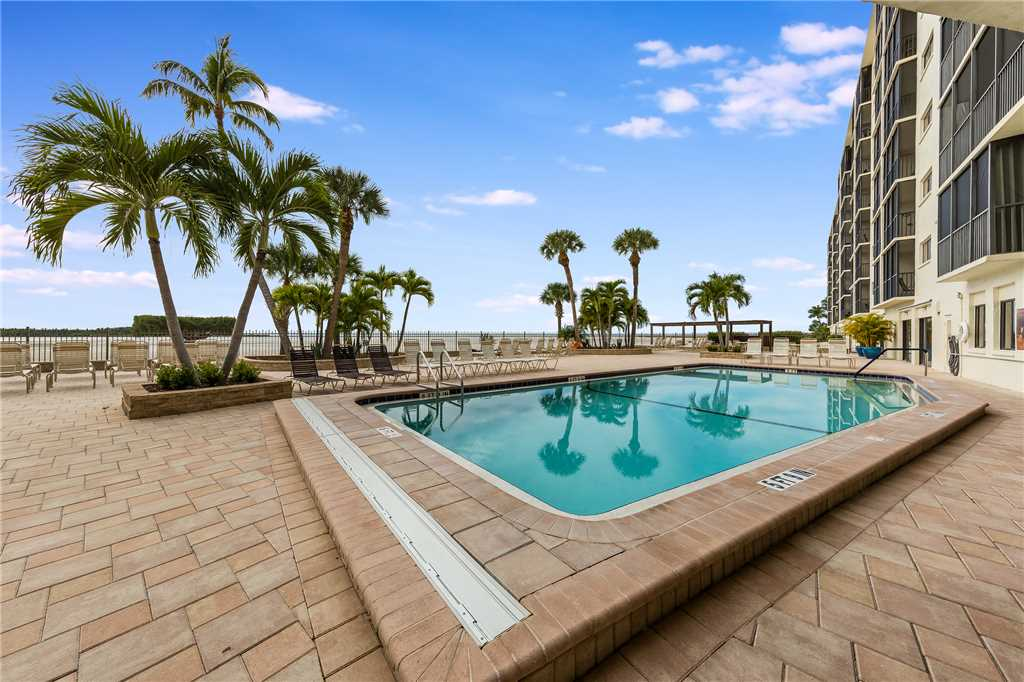 Carlos Pointe 611 Elevator 2 Bedrooms Gulf Front  Heated Pool Sleeps 6 Condo rental in Carlos Pointe in Fort Myers Beach Florida - #24
