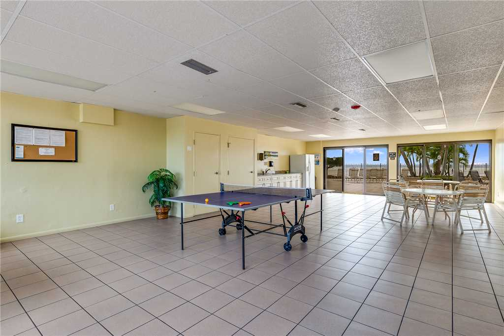 Carlos Pointe 611 Elevator 2 Bedrooms Gulf Front  Heated Pool Sleeps 6 Condo rental in Carlos Pointe in Fort Myers Beach Florida - #27